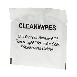 Cleaning wipes with alcohol